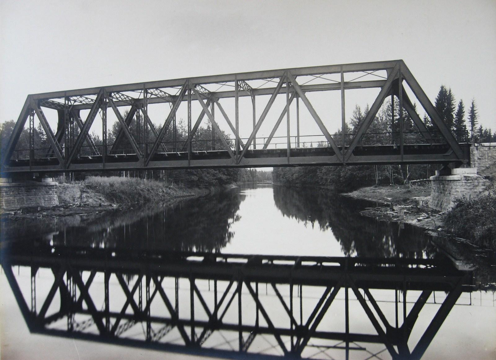 """МКЖД Железнодорожный мост через реку Полю. Самое """"сердце"""" непроходимой Мещеры. Фото 1912 года"""