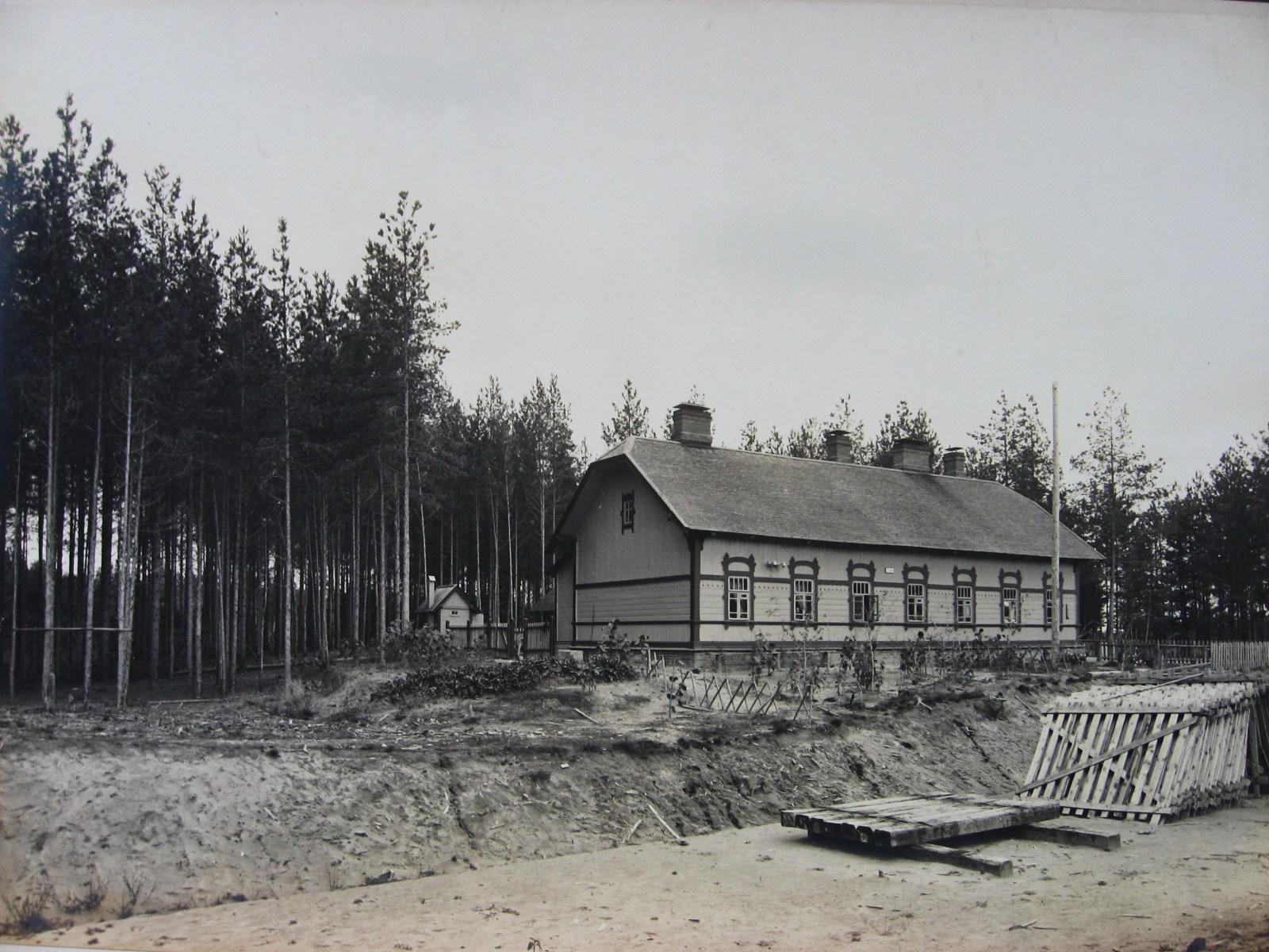 5. Типовой станционный жилой дом на Люберецко-Арзамасской  линии. Фото 1912 года.