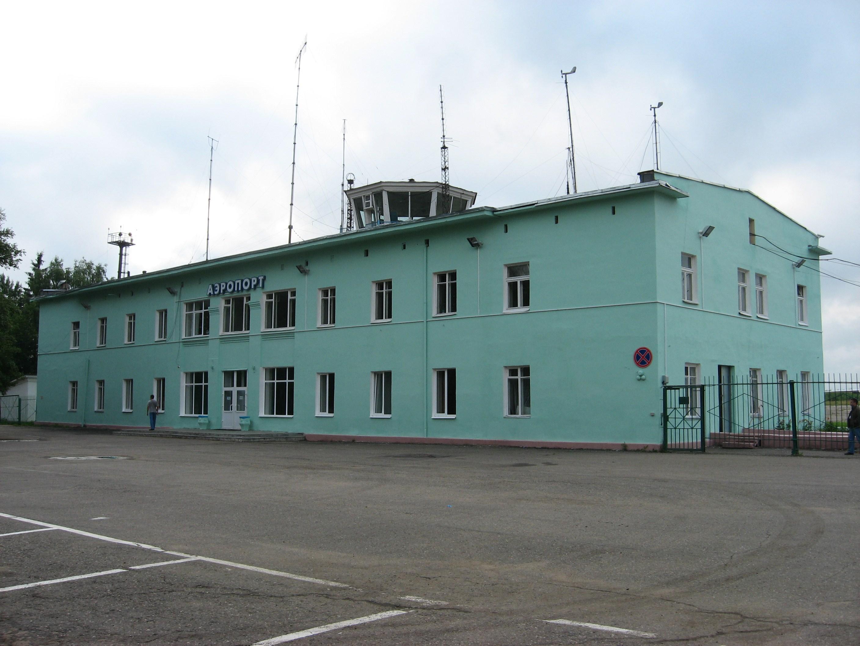 9. Здание аэропорта.