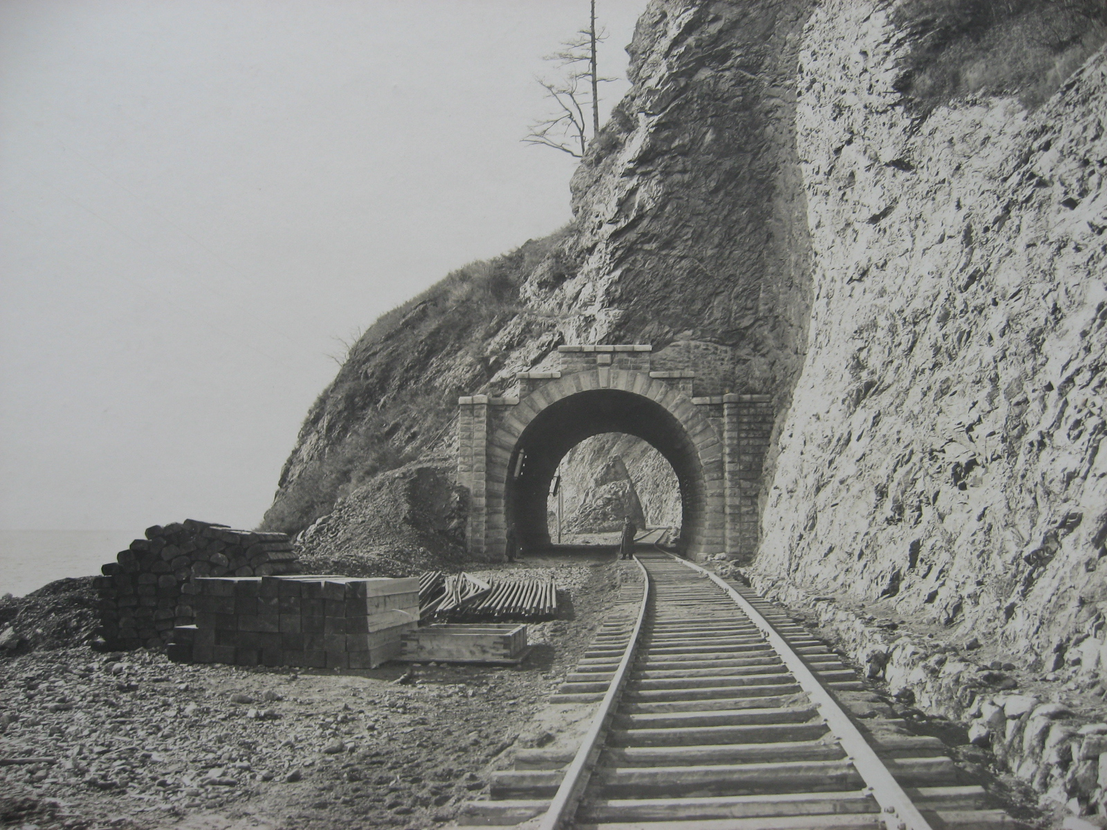 58. Западный участок - строительство тоннеля завершено. Фото 1904 года.