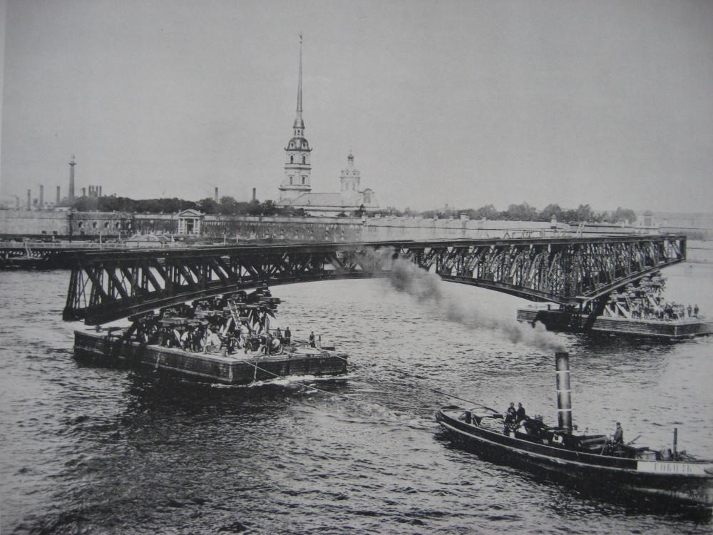 7. Перевозка ферм левого крайнего моста.