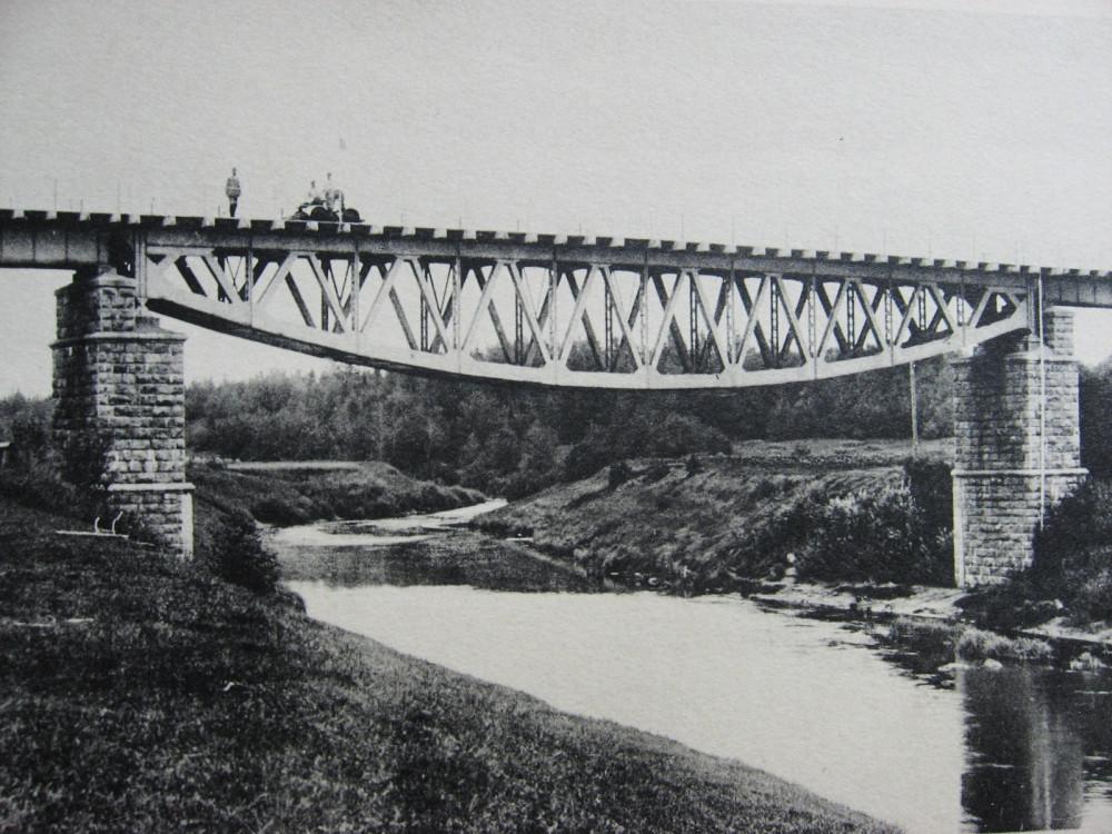 22. Мост через р. Торопу на 378 версте.