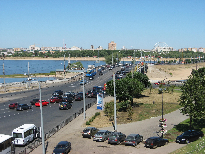 8. Вид на Ленинскую дамбу.