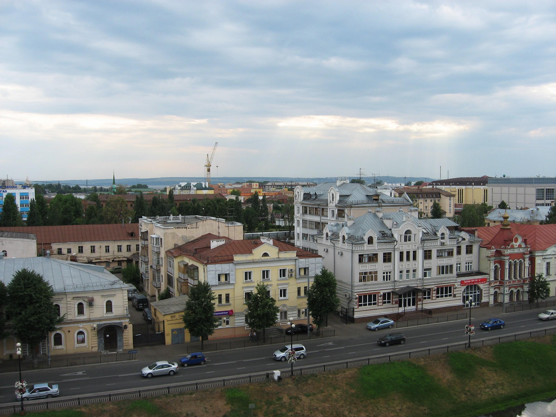 90. Вид на Лево-Булачную улицу.