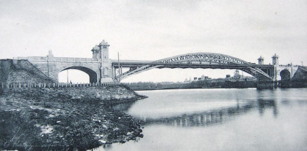 3. Арочный мост Императора Николая II. Общий вид.