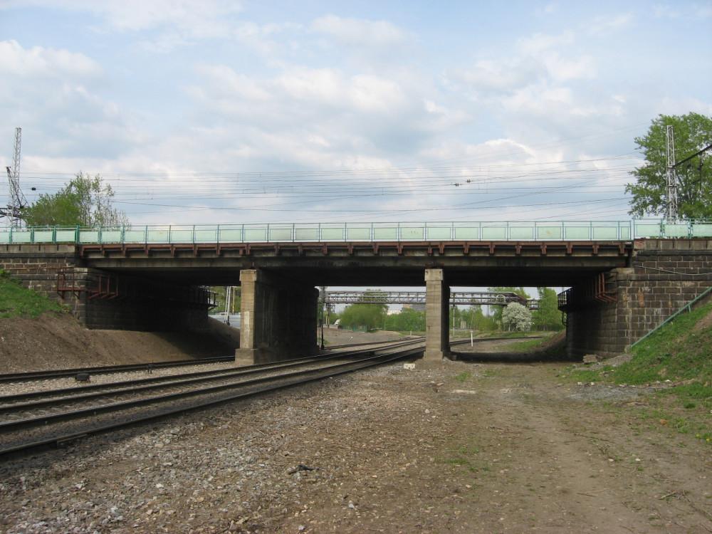 26. Общий вид моста для пропуска путей Казанской ж.д., май 2008 год.