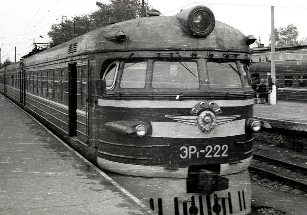 ЭР1-222, ст.Москва-Пасс-Курская, Горьковское напр., 1983 год.