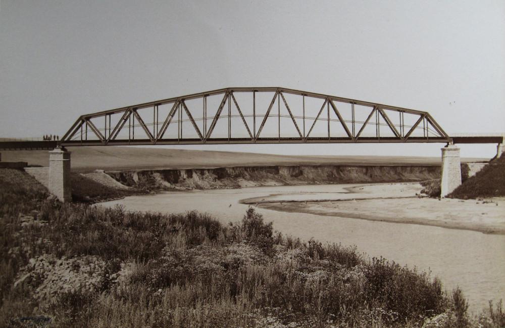 8. Мост через реку Сосну на 60 версте.