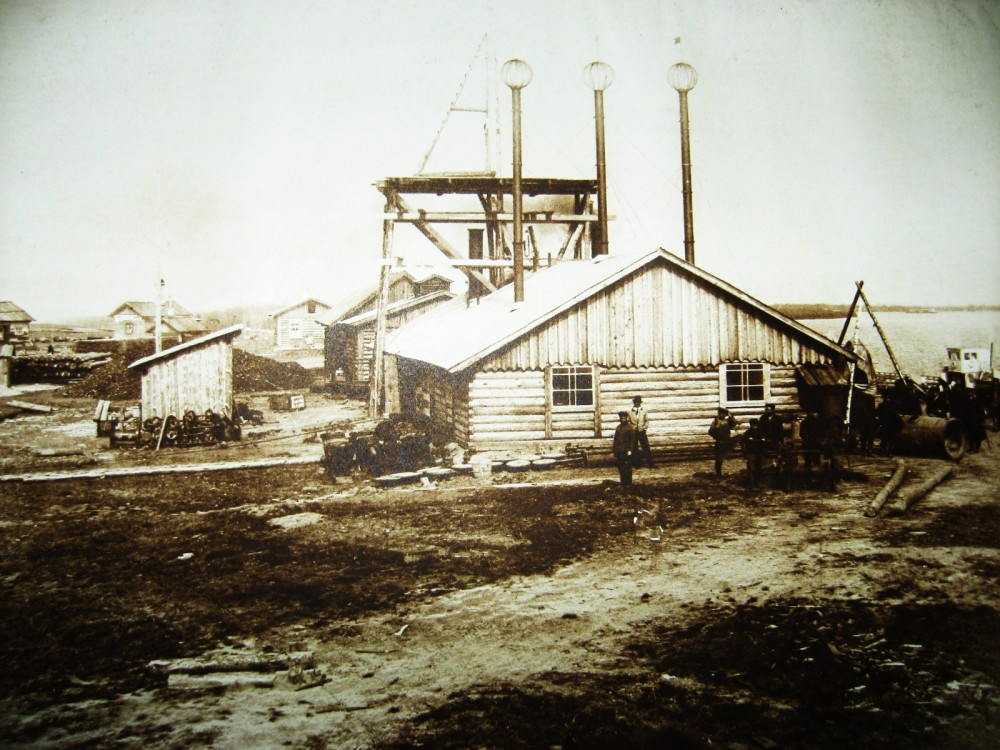 43. Машинное отделение постройки Алексеевского моста через р. Зею.