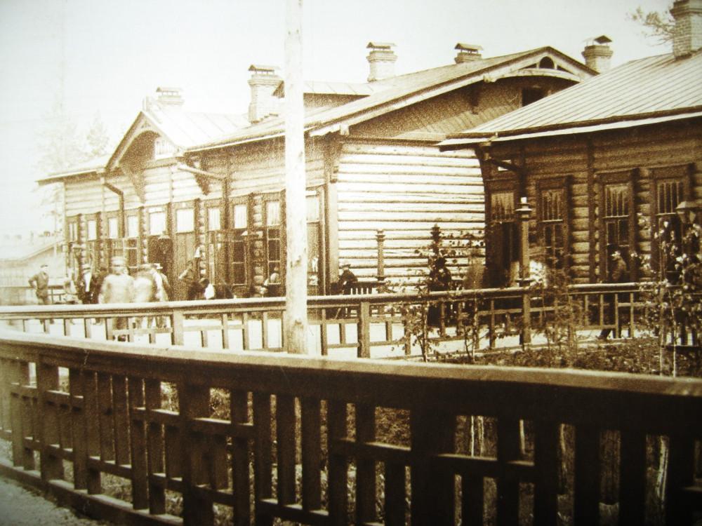 135. Станция Гондатти. Пассажирское здание.
