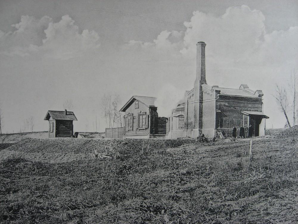 3. 2220 верста. Водоподъемное здание на станции Камала. 1910 год.