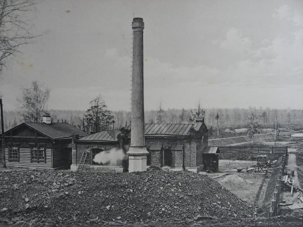 7. 2308 верста. Водоподъемное здание близ станции Иланская. Строительный период 1912 года.