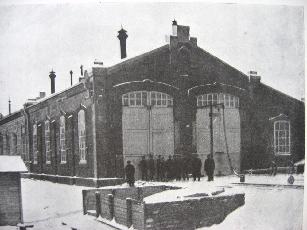 23. Паровозный сарай на станции Торжок.