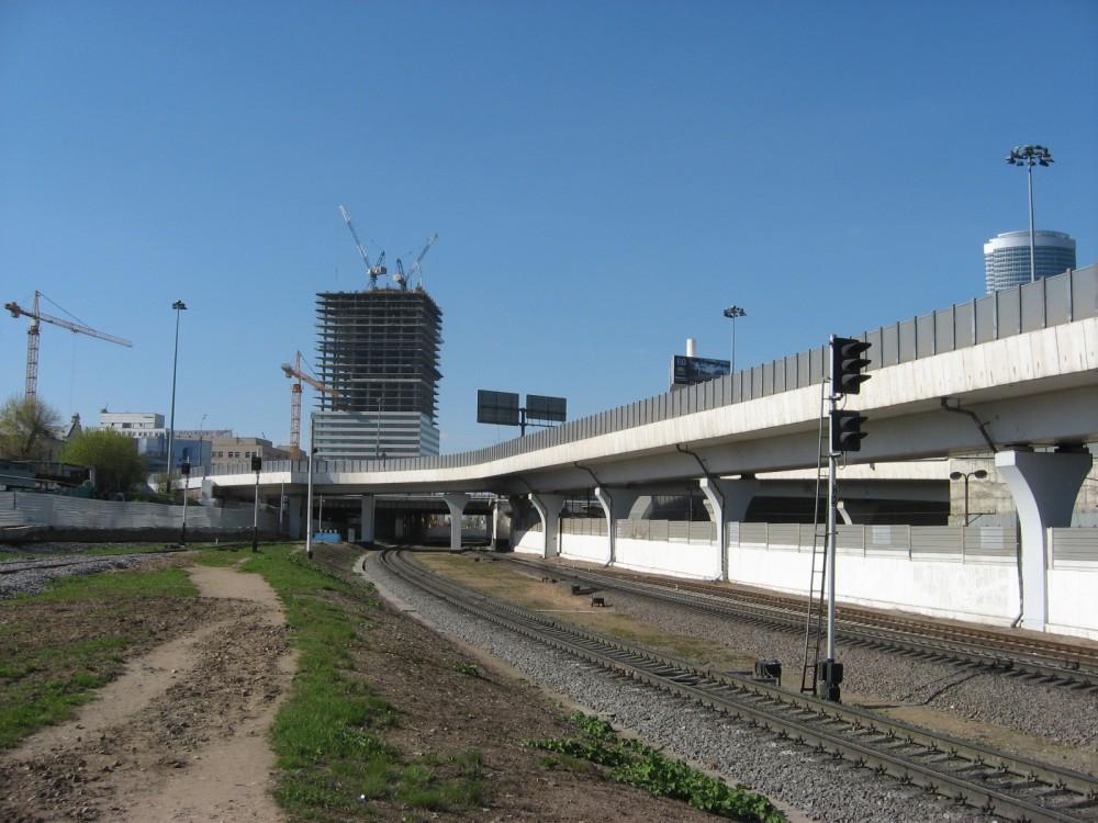 21а. Бывшая станция Кутузово. Вид в сторону Делового Центра, апрель 2008