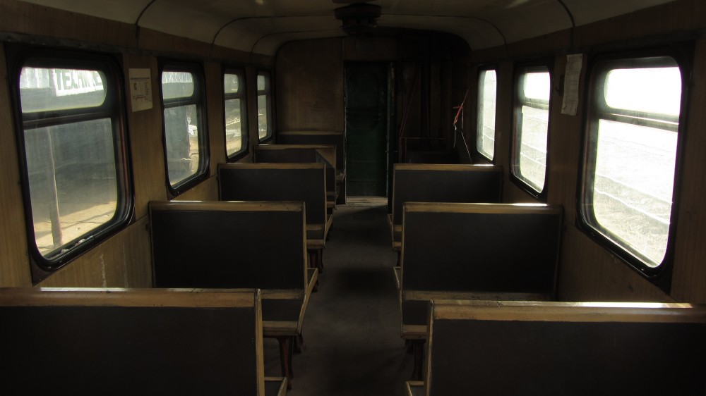 117. Интерьер пассажирского вагона