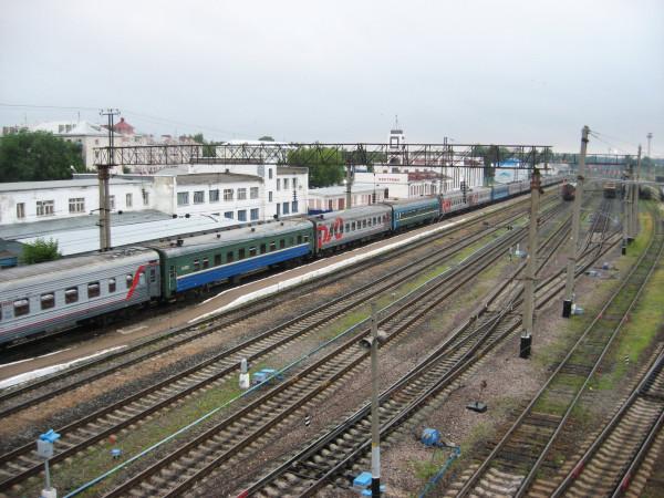 1. Станция Кострома. Пассажирский поезд Москва-Кострома.