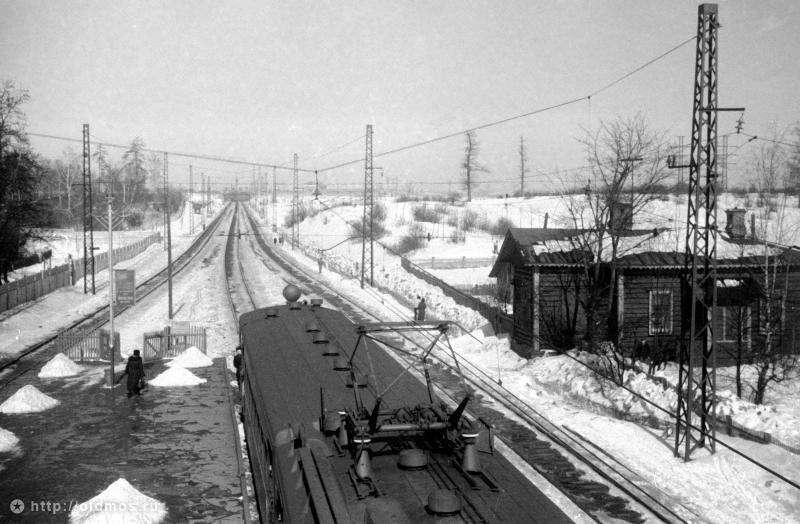 36. Платформа Яуза. Вид от Москвы, середина 50-х годов.
