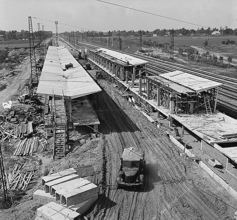 114. Строительство пересадочного узла метро Ждановская, 1966 год.
