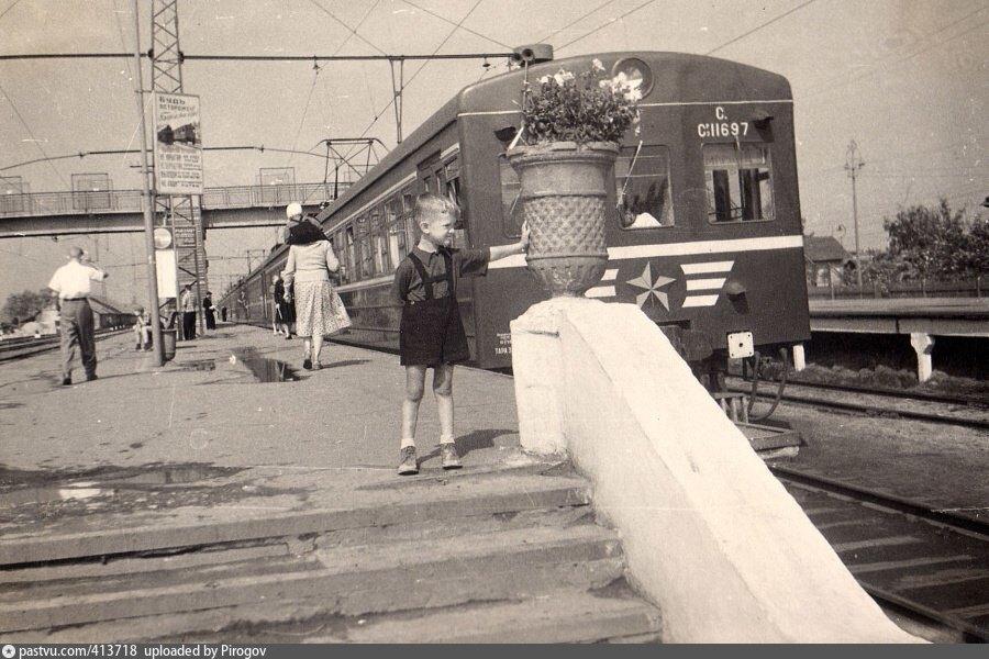 35. Станция Лобня, начало 60-х годов.