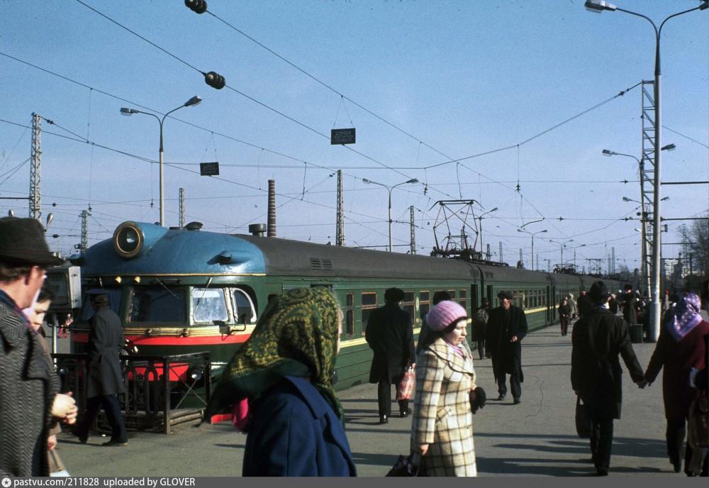 124. Курский вокзал. Тупики Горьковского напр., 70-е годы.