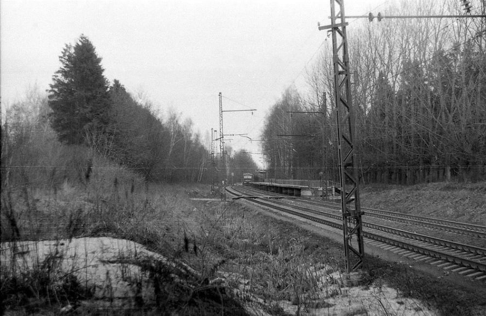 97. Вблизи платф.Трехгорка,  1993 год.