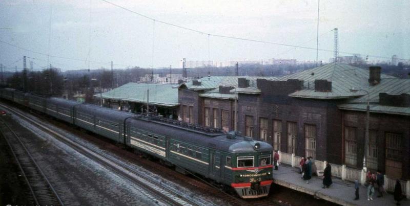 69. Станция Царицыно, 1990 год.