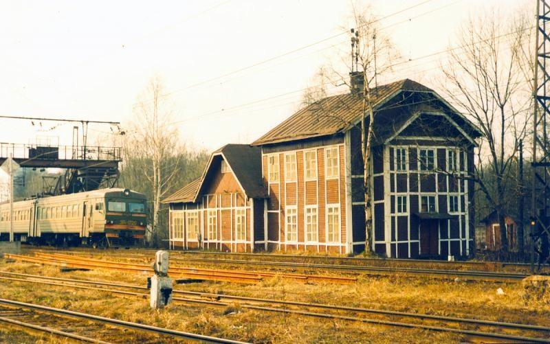 64. Станция Подмосковная, 1994 год.