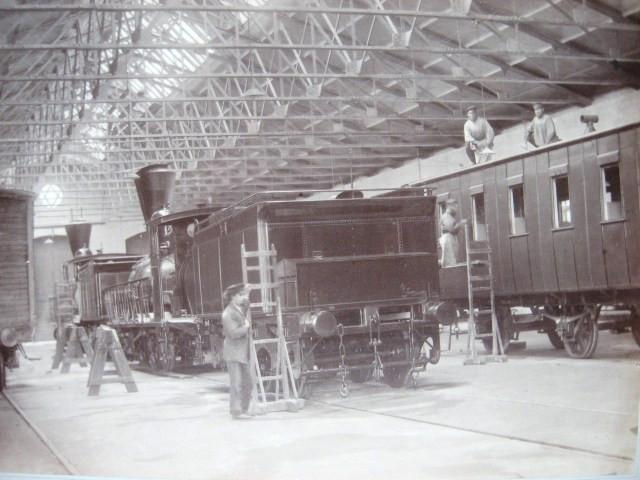 9. Вид внутри вагонной мастерской.