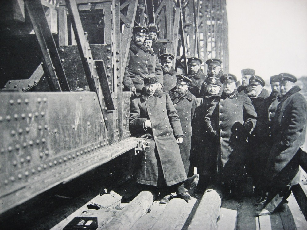 30. Мост через р. Обь. Испытание прогиба прибором Френкеля.