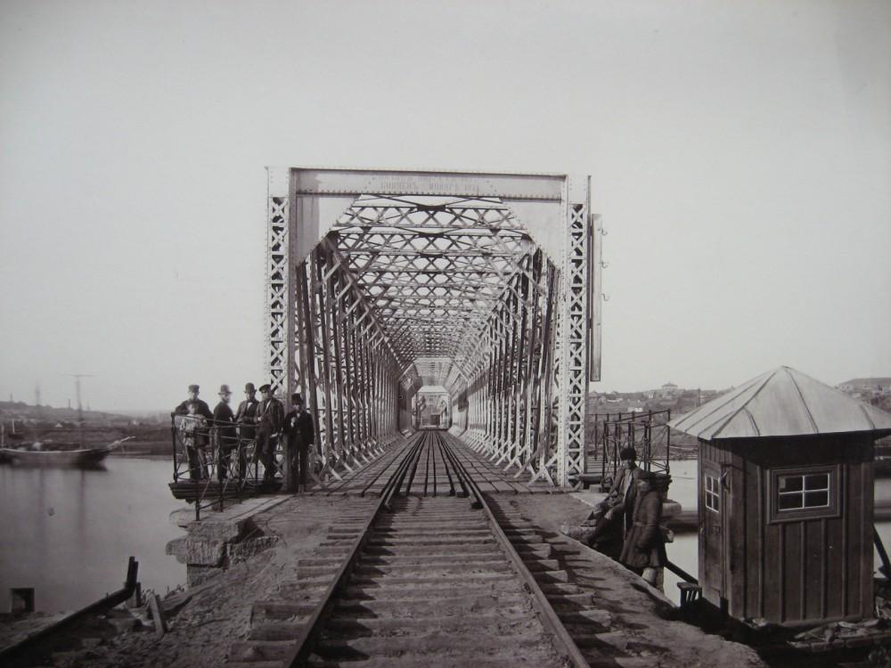 4. Портал моста через р. Дон