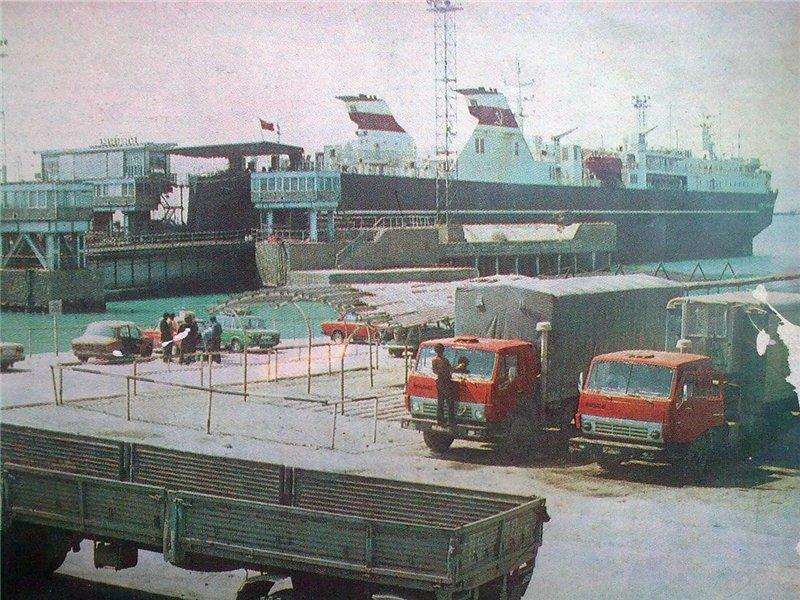 2. Красноводск. Железнодорожный причал. 80-е годы.