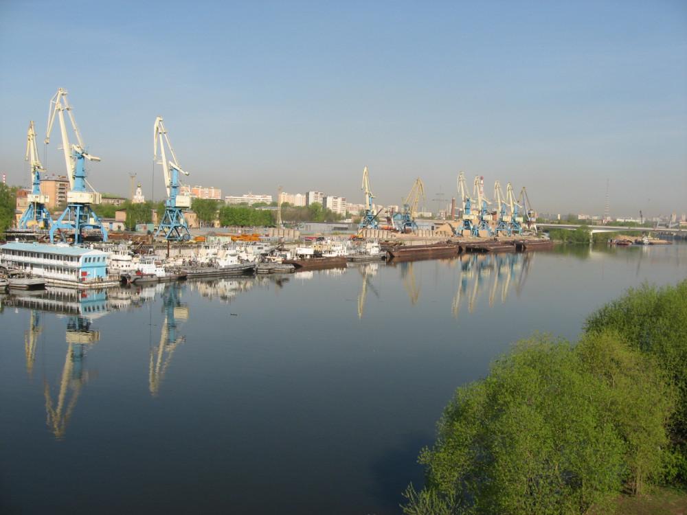 2. Вид на Западный речной порт, 29.04.2008