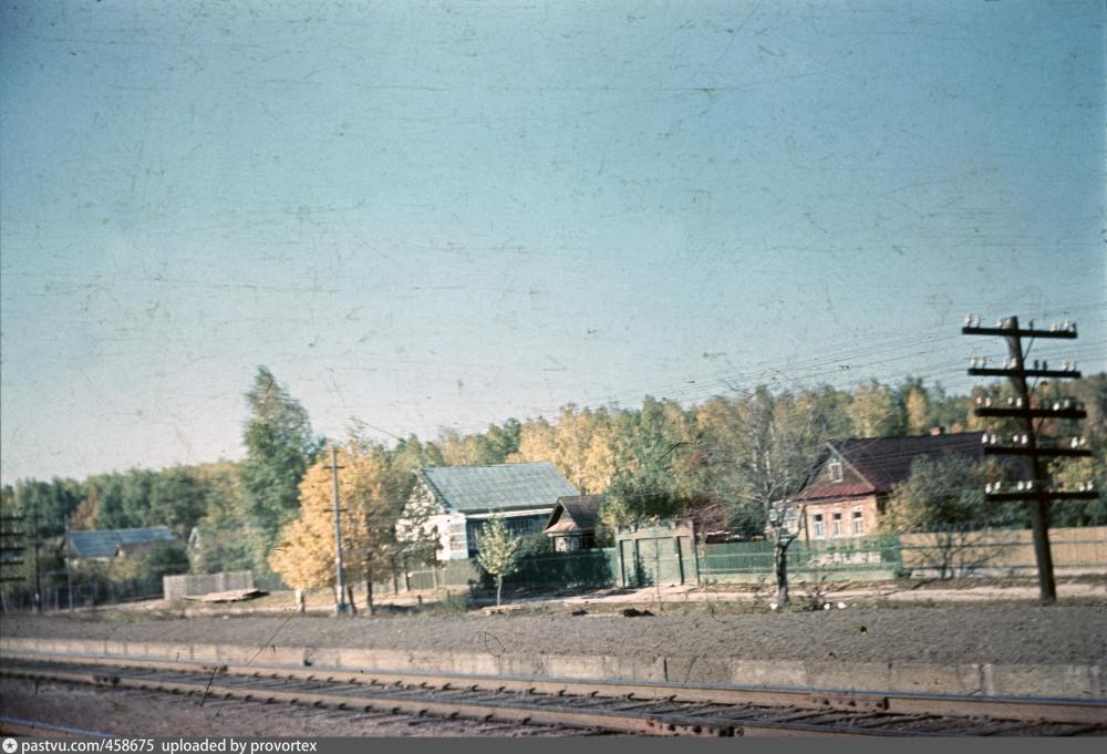 43. Окрестности  Казани. Ост.пункт 774 км, перегон Юдино-Васильево. 1969  год.