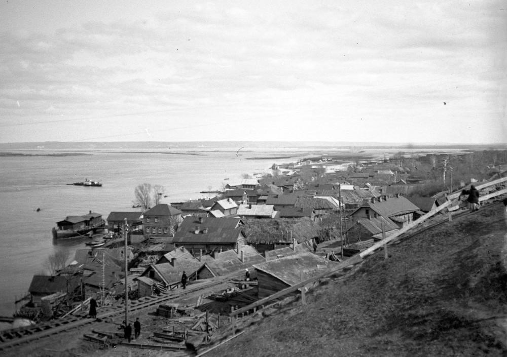 1911 год. Село Нижние Вязовые. Строительство Романовского моста.