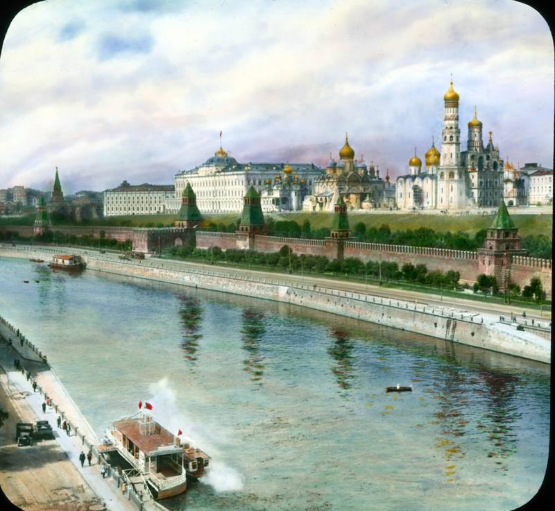 1931. Москва. Причал у Кремля.
