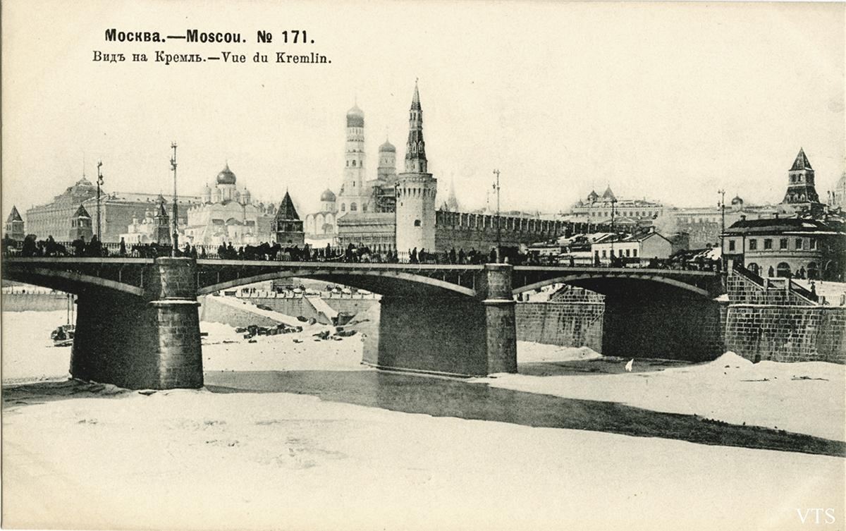 Вид Кремля02L