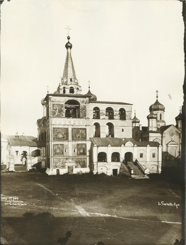 Ипатьевский мон.2