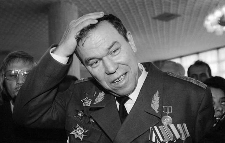 Человек который мог бы спасти Россию. Памяти генерала Льва Рохлина