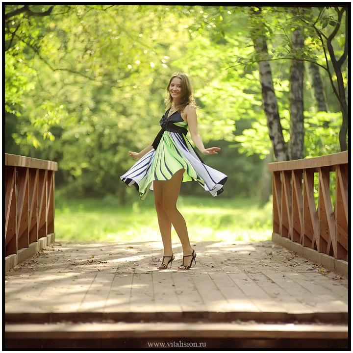 фото танцующих в юбке девушек - 13