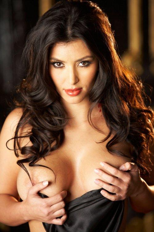 1417877118_www.chiksochki.ru-svezhie-foto-obnazhennoy-seks-modeli-kim-kardashian_45