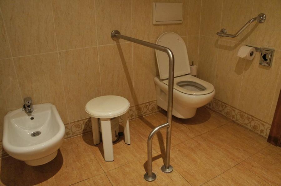 12.Bathroom_1