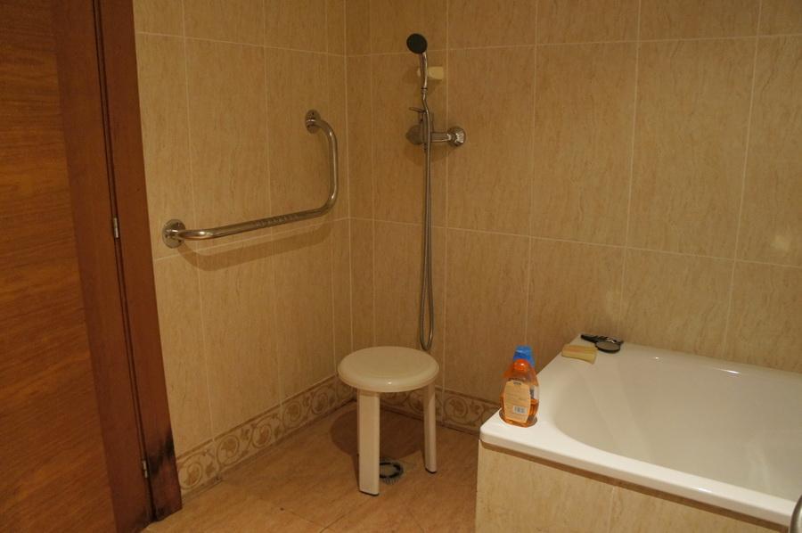 14.Bathroom_3