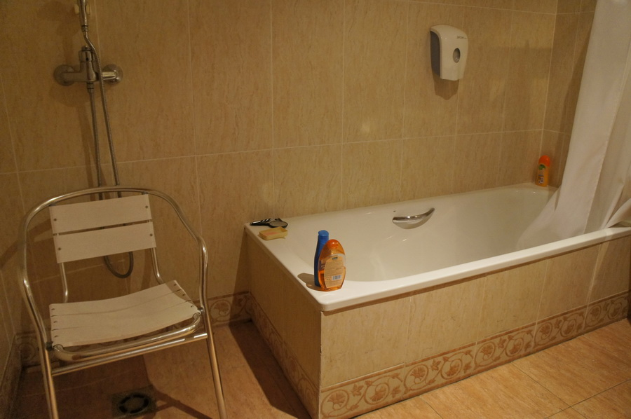 16.Bathroom_5