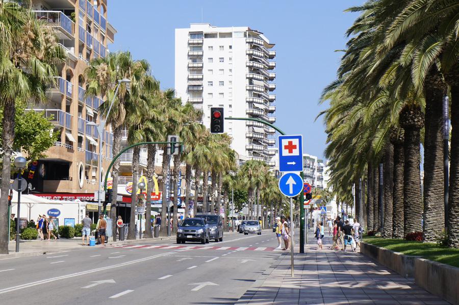 004.Salou_Main_street