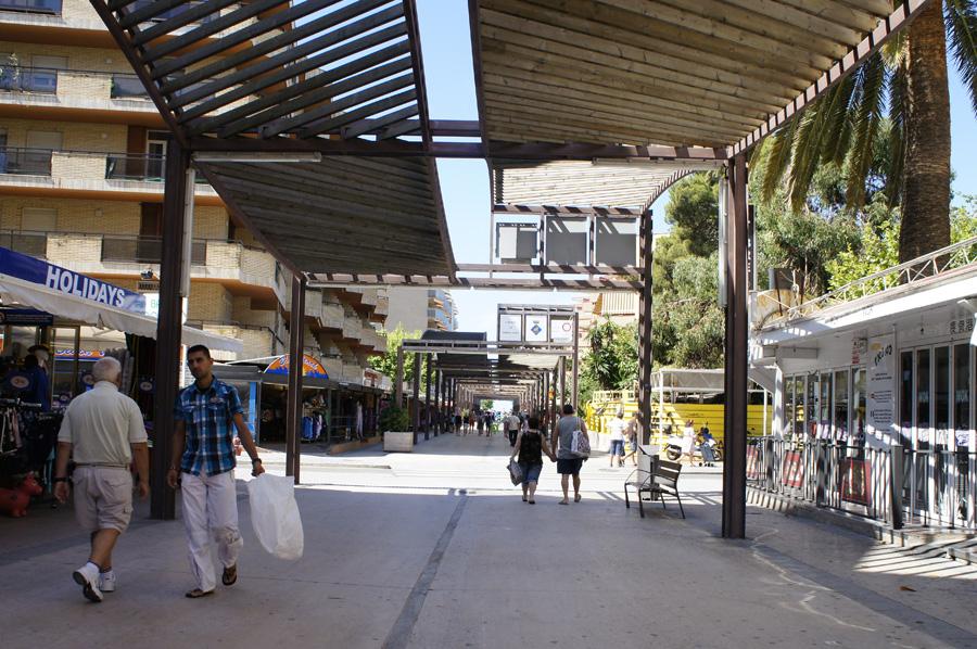 010.Salou_Main_street