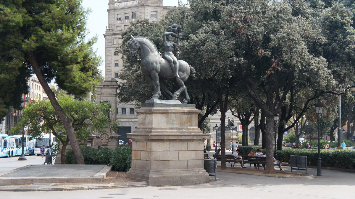 024_Plaza_Catalunya