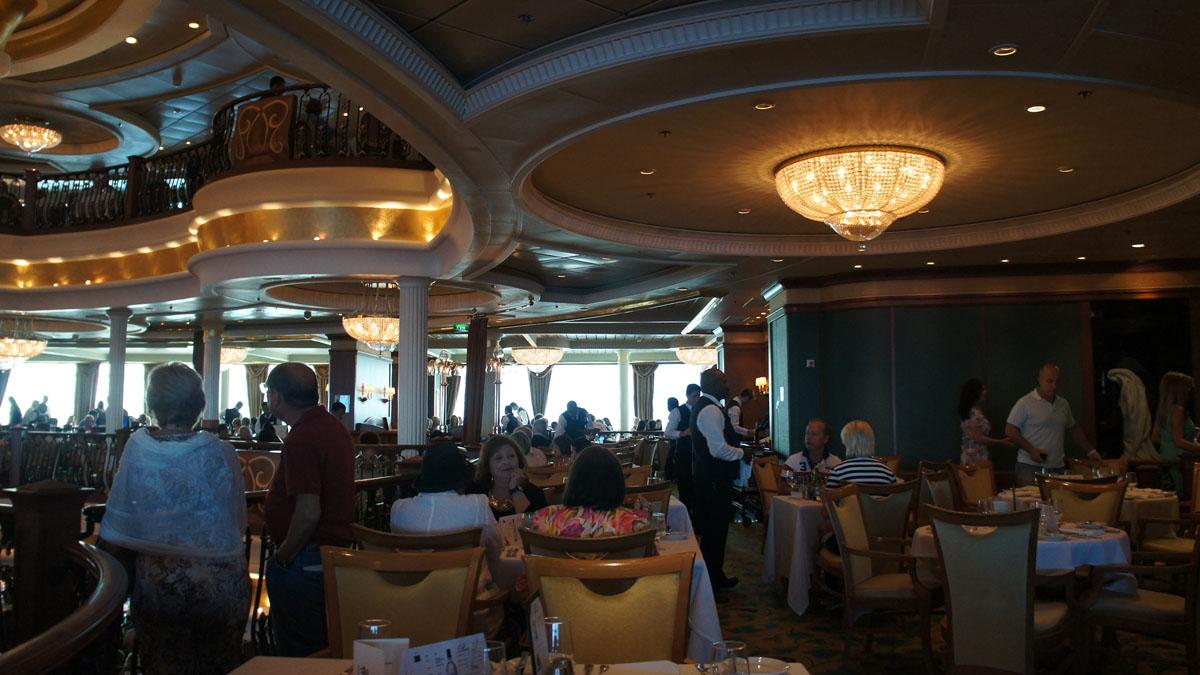 207_LibertySeas_Main_restorant