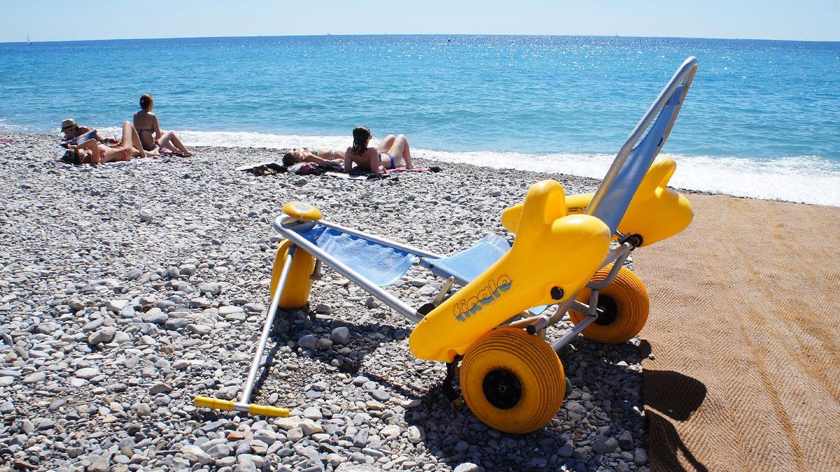 282_Nice_beach