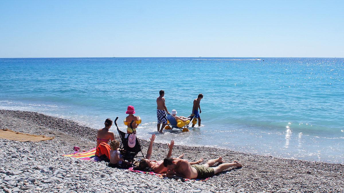 285_Nice_beach