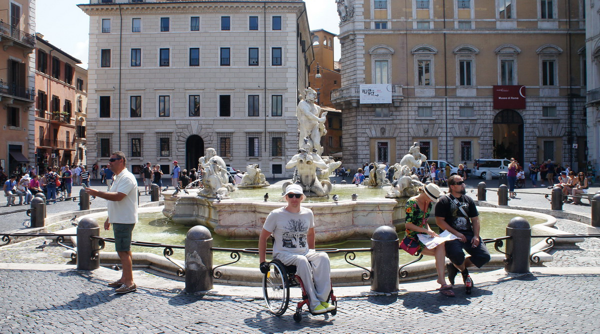 336_Rome_piazza_Navona_Fontana_del_Moro